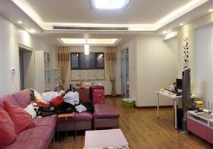 龙岗外国语学位 大四房 南北通透满两年看房方便