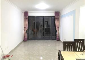 水榭春天 温馨三房两卫 去地铁口5m 看房方便