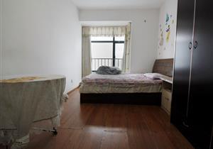 城市东座,精装一房一厅,两个学位没用过,诚心出售