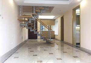 全新豪装复式五房 中间楼层 使用面积125平急售