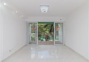 桐景花园80平南向2房售400万随时看房