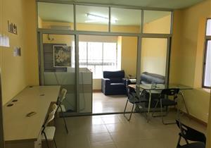 中心区一房一厅可办公也可住家急出租。随时可以入住