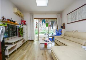 城市印象精装3房 户型方正 红本满5年 诚心出售