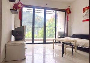 慢城 精装两房 赠送一个大阳台 居家舒适 保养好