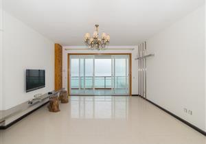 翠堤雅居,一线全面海景,豪装3房2厅带家电,南北通风。