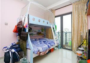 沙井高端住宅产品 适合小两口过度型 客厅出阳台,朝南向!