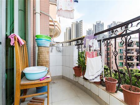阳光花园-阳台